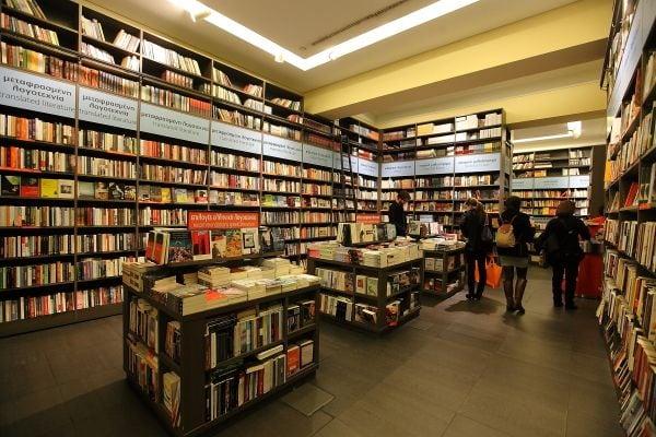 Αγαπημένα μυθιστορήματα του Ίαν Ράνκιν ανατυπώνονται και κυκλοφορούν μόνο στα Public