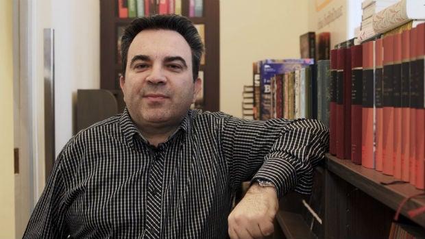 Ποιο βιβλίο διάβαζε μικρός ο Αντώνης Καρπετόπουλος;