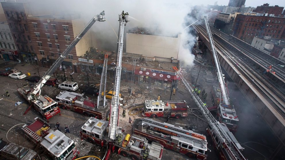 84b15_news_ap_harlem_building_collapse2_wy_140312_1_16x9_992