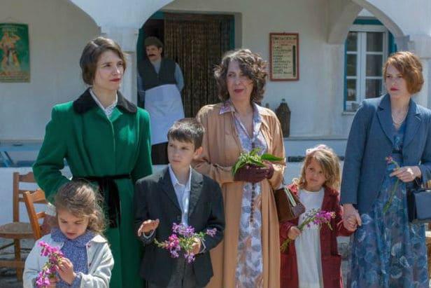"""""""Μικρά Αγγλία"""": Σάρωσε τα βραβεία της Ελληνικής Ακαδημίας Κινηματογράφου!"""
