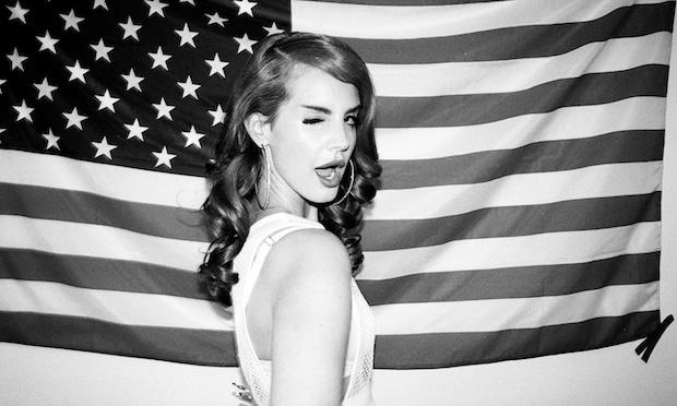 Η ήρεμη επιστροφή της Lana Del Rey!