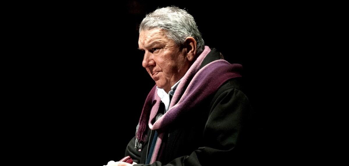 Έφυγε από τη ζωή ο Ελληνας ποιητής Γιάννης Κοντός.
