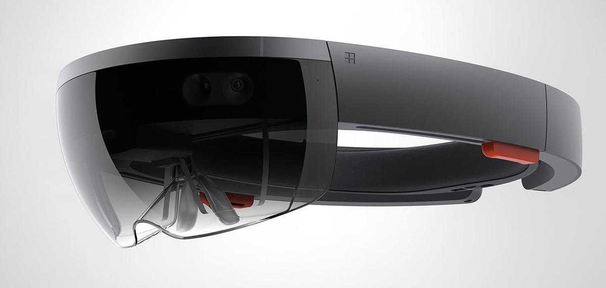 Microsoft HoloLens: Aποκάλυψε το δικό της VR Headset