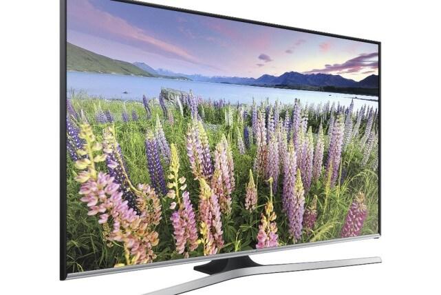 Samsung-J5500-Full-HD-TV-left-1000-1098295