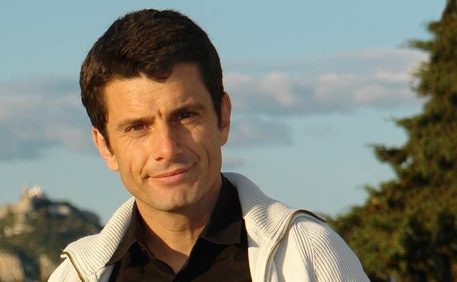 Ο συγγραφέας Pedro Olalla on κάμερα στο Public Blog!