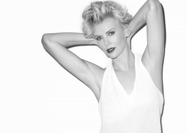 charlize-theron-in-esquire-magazine-july-2014-issue_3
