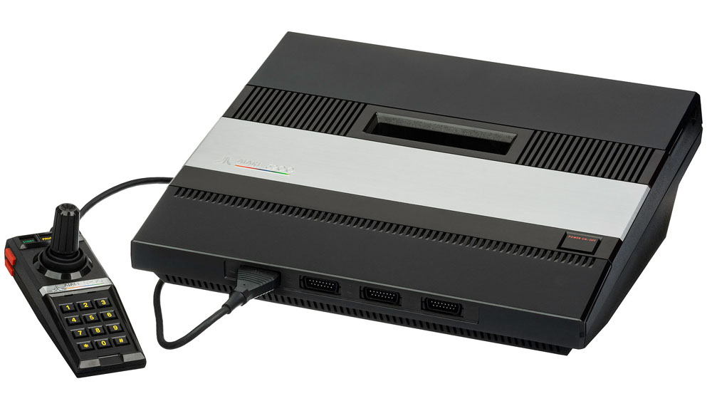 Atari_5200_Console_and_Controller_Large
