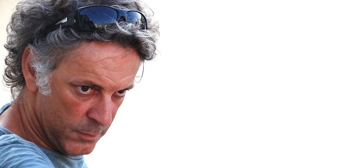 Φίλιππος Μανδηλαράς: Ο συγγραφέας του μήνα Σεπτεμβρίου!