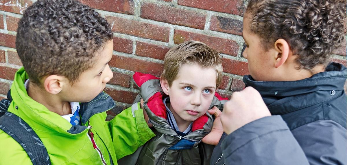 Πώς μπορούμε να αντιμετωπίσουμε τον σχολικό εκφοβισμό;