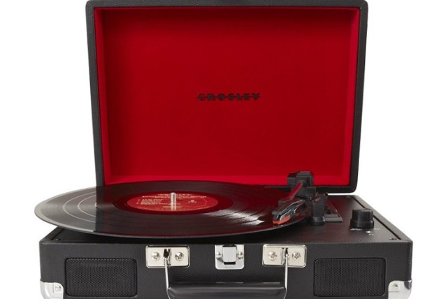 Crosley-cr8005a-vinyl-player-1000-1095520