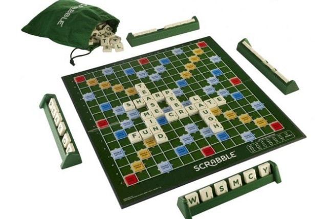 Scrabble-Original-left-1000-0754023