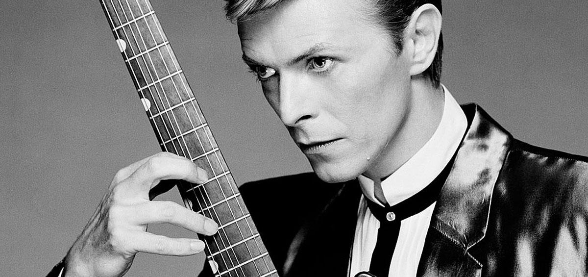 Έφυγε από τη ζωή ο David Bowie