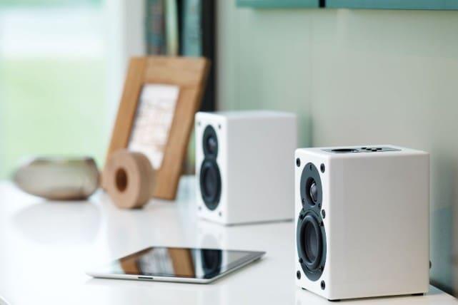 Scansonic-s3-active-speakers-left-1000-1137957