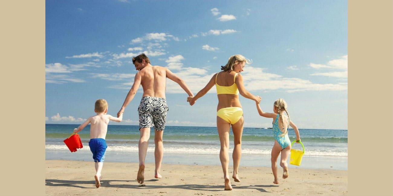 Οικογενειάρχης, single ή μεγάλο παιδί; Παιχνίδια για να «λιώσεις» στις διακοπές σου!