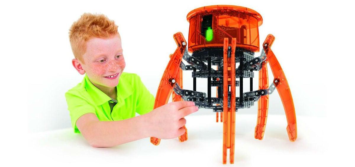 Η εκπαιδευτική φιλοσοφία του STEAM: μάθε παίζοντας με τα HexBug VEX Robotics!