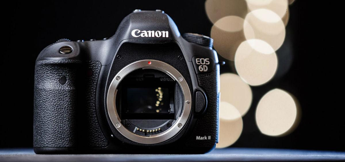 Τα επαγγελματικά μοντέλα φωτογραφικών Canon ήρθαν στα Public!