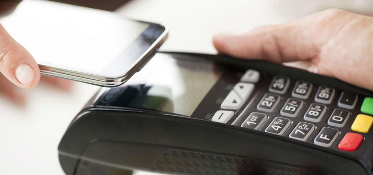 Πληρώνουμε με το κινητό;