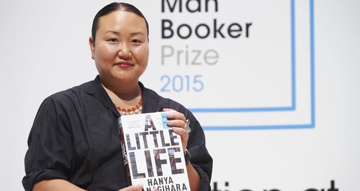 14 συγγραφείς & βιβλία που άφησαν το στίγμα τους το 2016!
