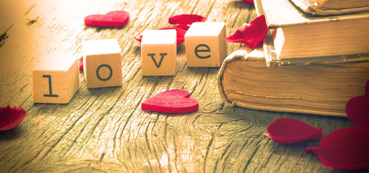 Valentine's Day: 9 βιβλία που θα… ερωτευτείς αυτό το μήνα!