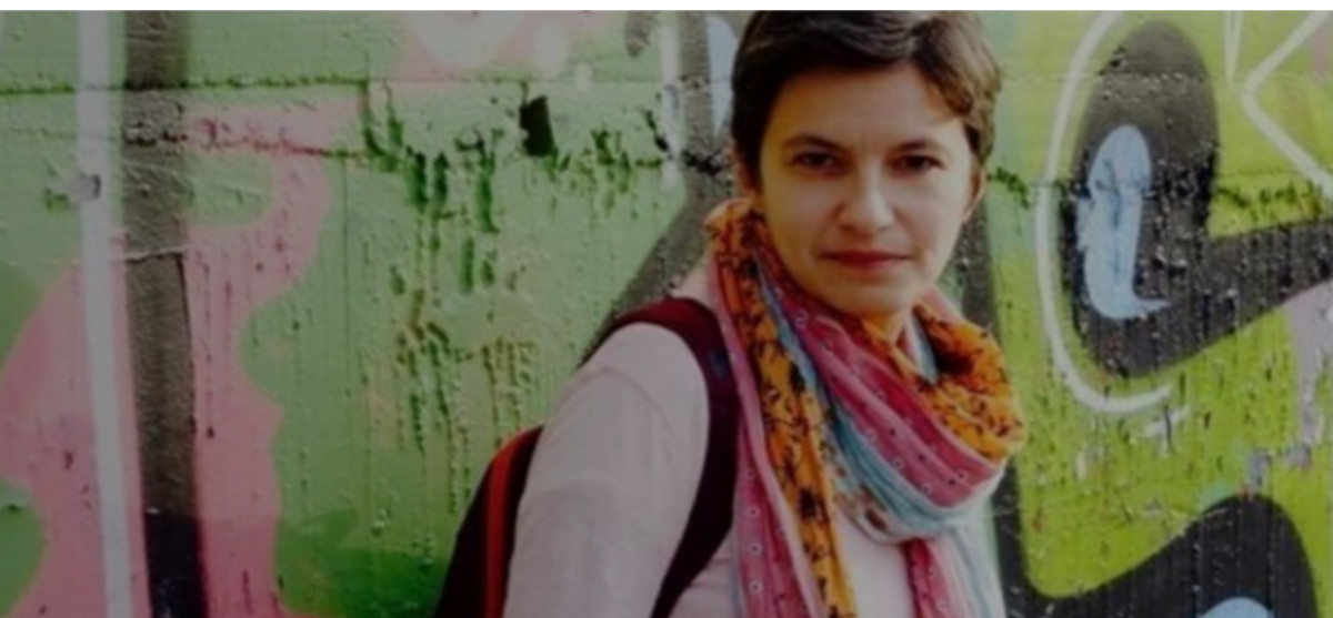 Η Ευτυχία Γιαννάκη παρουσιάζει το νέο της βιβλίο @ Public Τσιμισκή