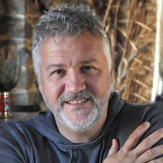Ο Σπύρος Πετρουλάκης μιλάει στο Public: αποκλειστική συνέντευξη