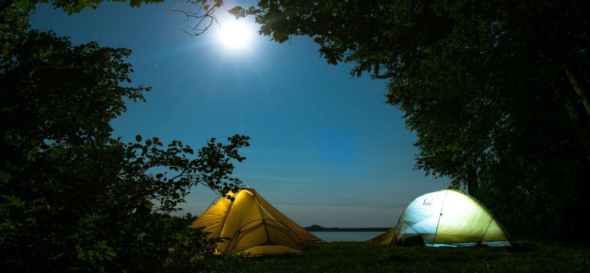 Εναλλακτικά τριήμερα: 10 πολύτιμες συμβουλές για αρχάριους campers!