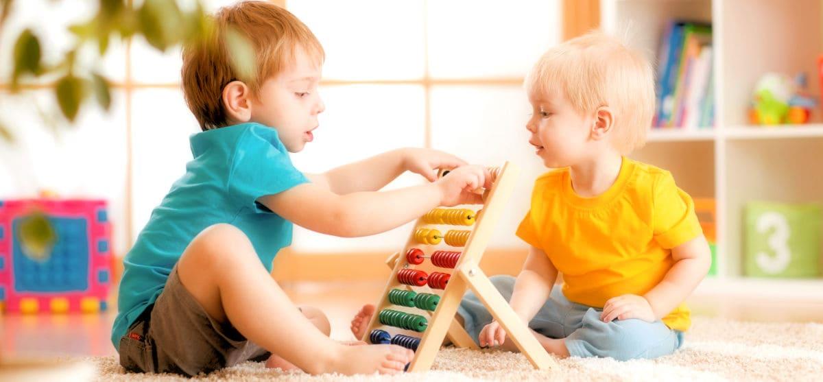 Back to… παίζειν! Παιδί και παιχνίδι πάνε μαζί!