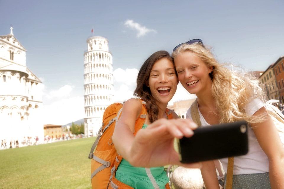 Βγάλε την τέλεια selfie: tips, tricks και αξεσουάρ!