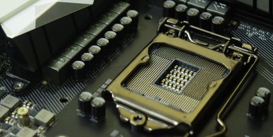 Η νέα 8η γενιά Core της Intel τρέχει με... χίλια!
