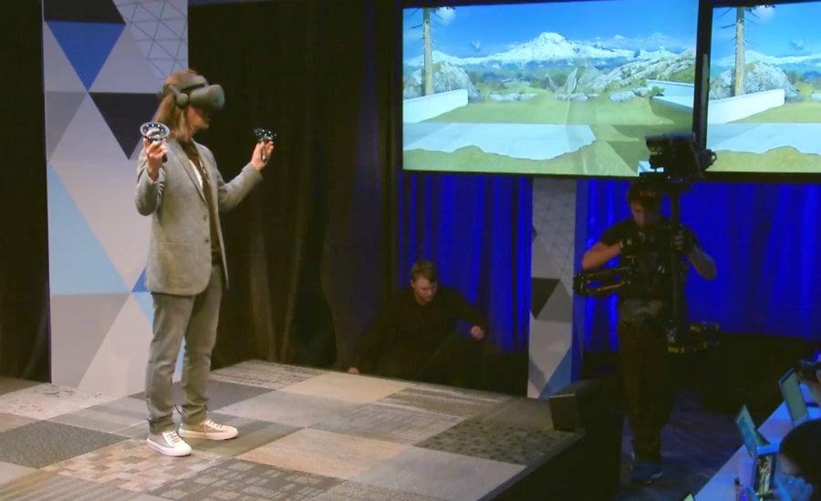 Η εικονική πραγματικότητα της Microsoft σε λίγες μέρες σπίτι σας