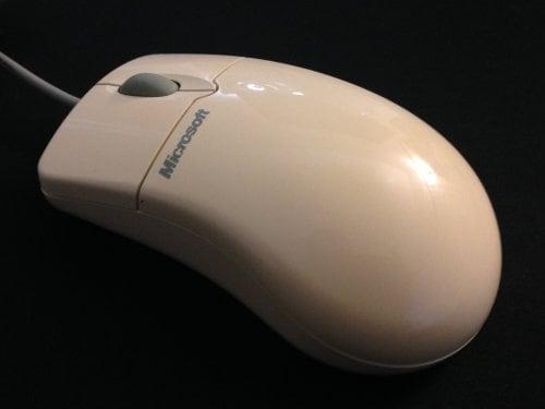 Το IntelliMouse ξαναζεί! Το αγαπημένο mouse των 90s πάλι μαζί μας!