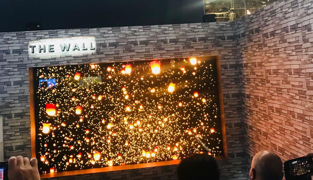 Ο τοίχος της Samsung κλέβει τις εντυπώσεις στη CES
