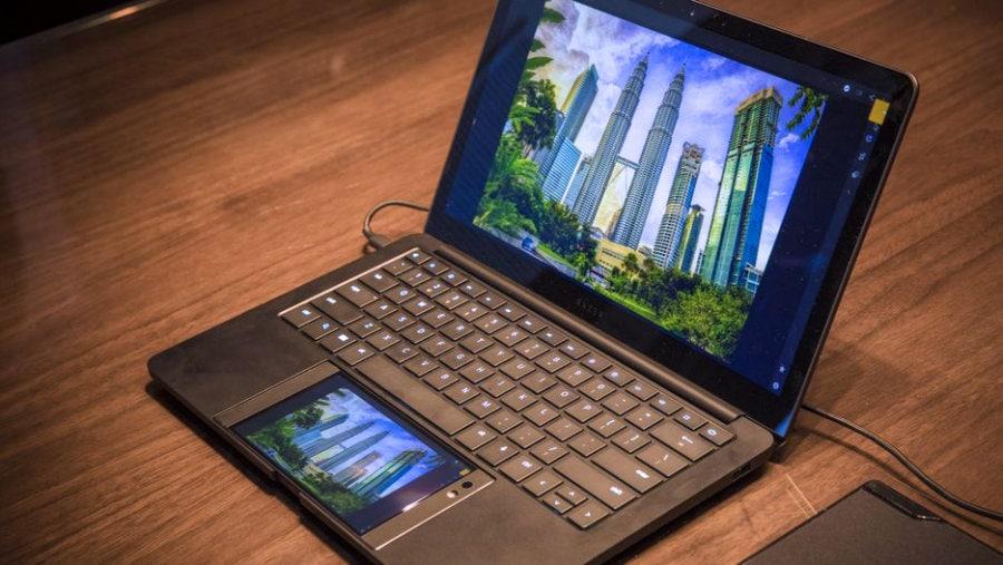 CES 2018 day 2: Samsung, Razer και... βαθύ σκότος!