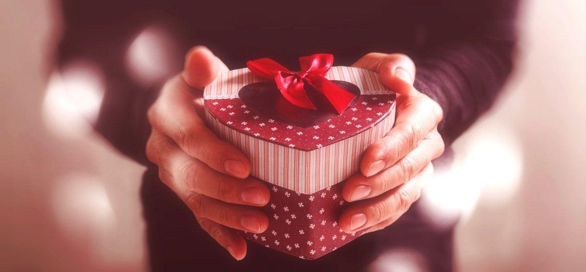 Love February: δώρα για εκείνον, εκείνη και τον πιο ερωτικό μήνα