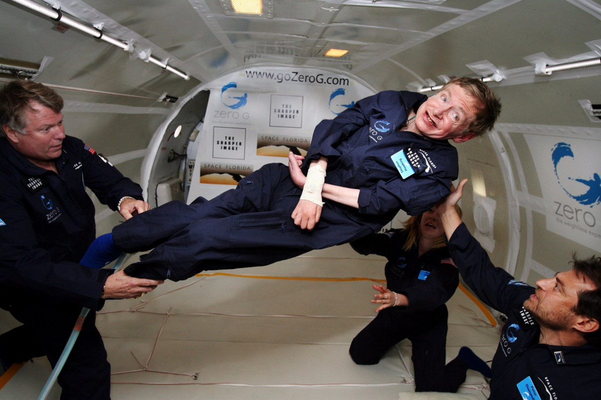 Stephen Hawking: ο σύγχρονος Αϊνστάιν επέστρεψε σταστέρια