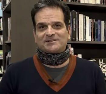 10 Αθηναίοι μιλούν για τα αγαπημένα τους βιβλία