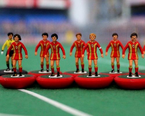 Subbuteo: Το παλιό, καλό ποδοσφαιράκι παίρνει τη ρεβάνς!