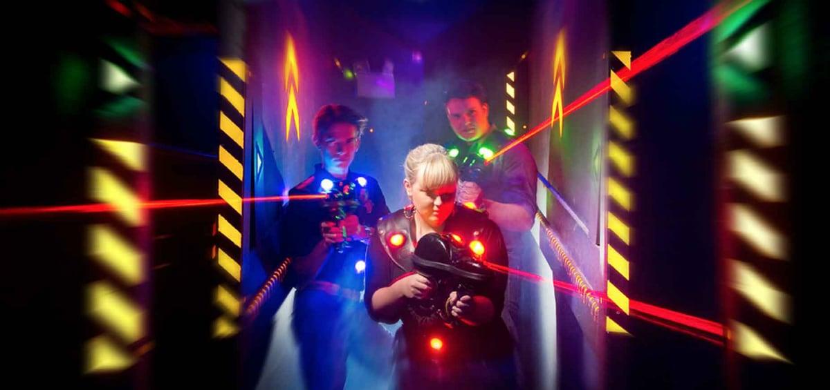 Laser tags: Η νέα μανία μικρών και μεγάλων παιδιών!