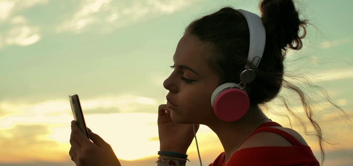 Summer sounds nice: φτιάχνουμε το soundtrack των φετινών σου διακοπών!