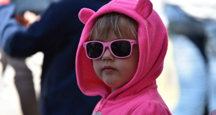 Παιδικά γυαλιά ηλίου: 5+1 tips για να επιλέξουμε τα σωστά