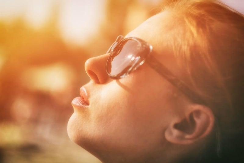 Γυαλιά ηλίου: Dos and donts για το βασικό μας καλοκαιρινό αξεσουάρ