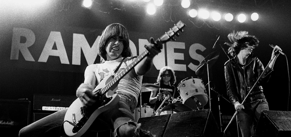 Listen to my heart: Ακούγοντας (ξανά) τον πρώτο δίσκο των Ramones