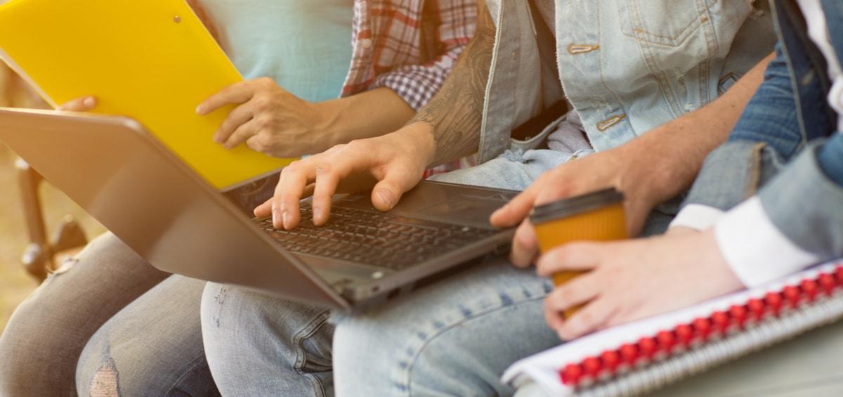Νέος φοιτητής; Πού πας χωρίς laptop;