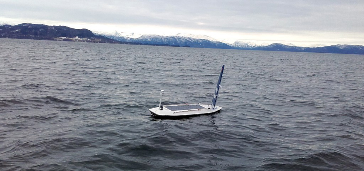 Βάρκα-ρομπότ διασχίζει τον Ατλαντικό ωκεανό!