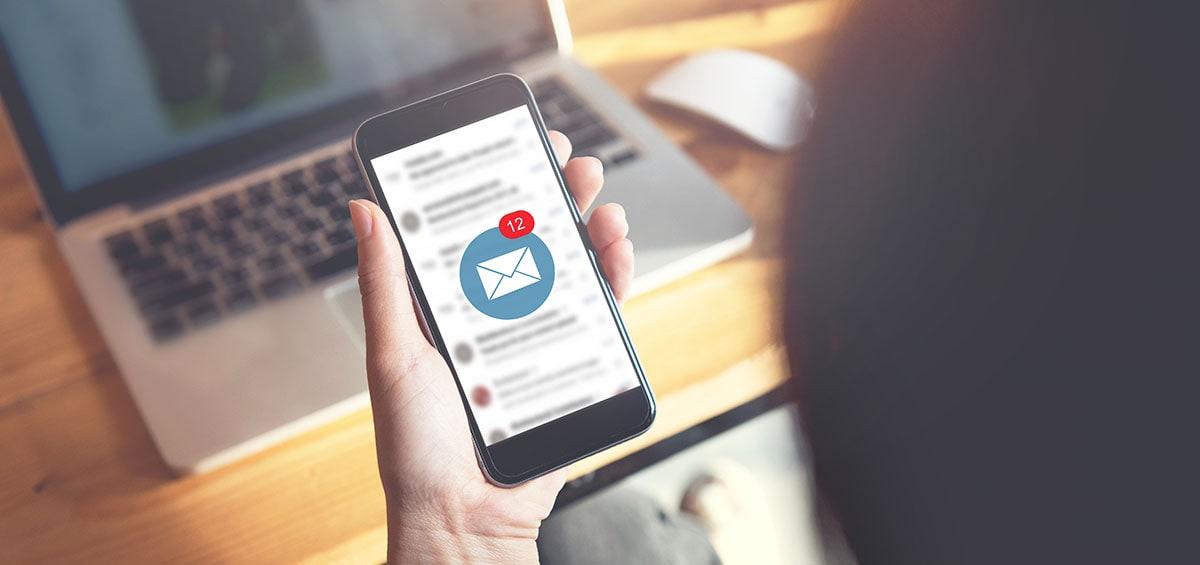 Tο επόμενο smartphone σου ίσως απαντάει emails αντί για σένα
