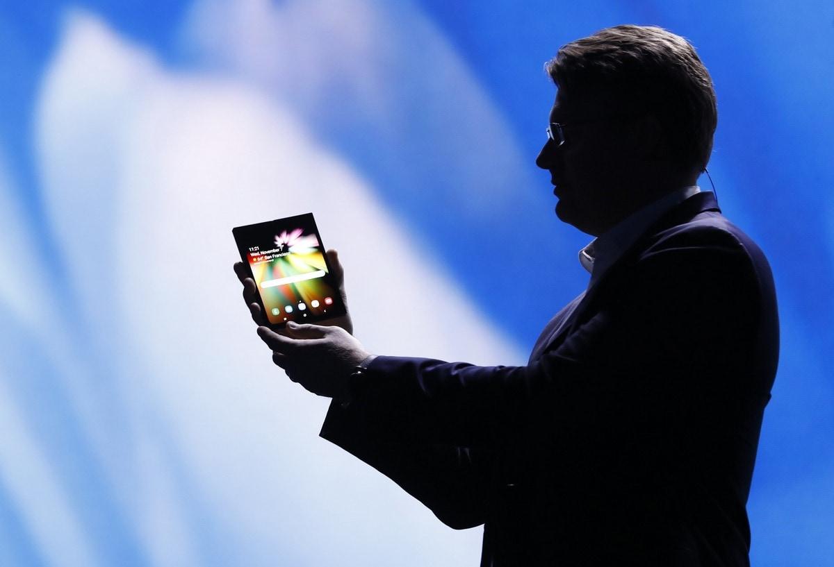 Αναδιπλούμενα Samsung smartphones: τα κινητά του μέλλοντος
