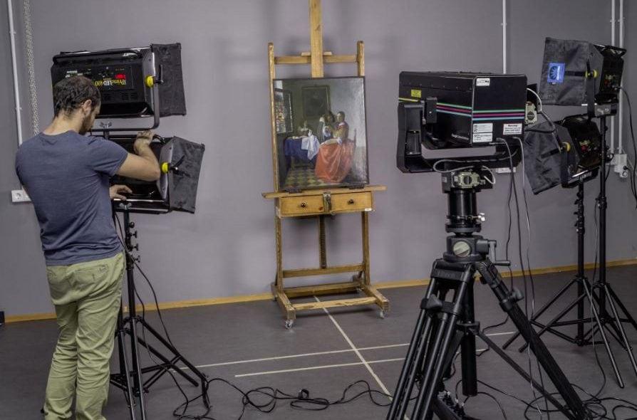 Πίνακες του Vermeer σε επαυξημένη πραγματικότητα στο κινητό σου!