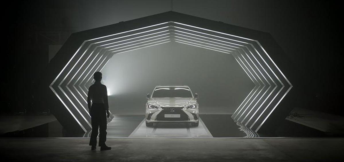 Το σενάριο της νέας διαφήμισης της Lexus είναι γραμμένο από Α.Ι.
