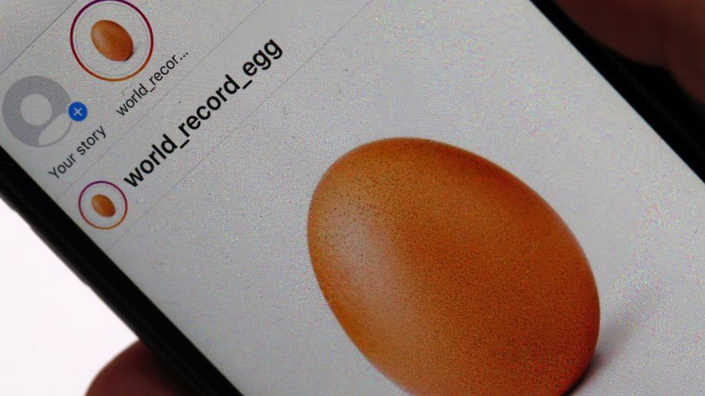 Instagram: Όταν ένα αβγό κατατρόπωσε σε likes την Κάιλι Τζένερ!