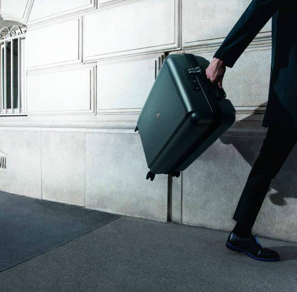 Η Pluggage της Delsey έρχεται να κάνει τα ταξίδια σου… έξυπνα!